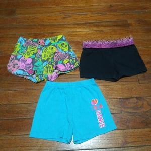Lot of 3 Girl's Shorts Size 2 - 3T